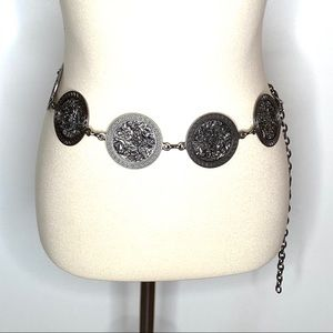 Burnished Silver Tone Metal Medallion Chain Belt